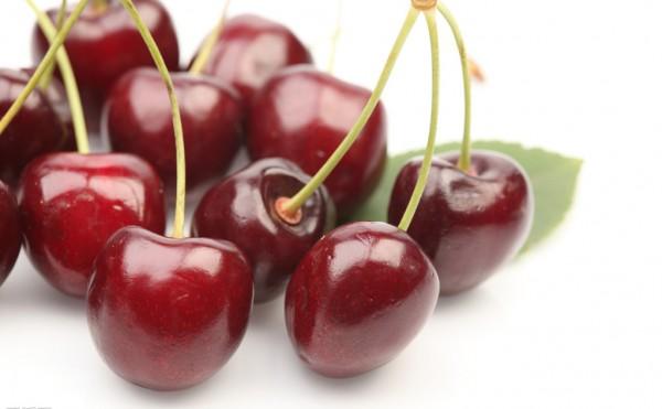 樱桃核有毒,吃樱桃时可要注意[新闻视频]